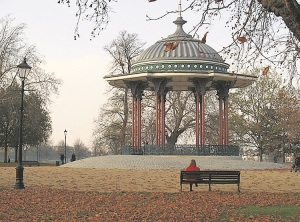 Clapham Common (bandstand)