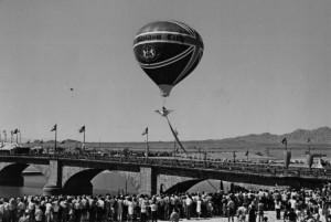 p220-LakeH-Bridgeopening1971-bw
